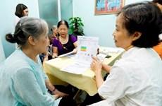 Vietnam ratifica importancia de garantizar vida feliz de personas mayores