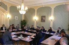Delegación de policía vietnamita participa en curso contra tortura efectuado en Países Bajos