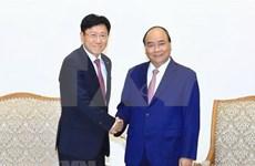 Premier de Vietnam invita a empresas foráneas a invertir en sector de alta tecnología