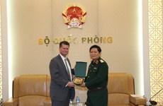 Vietnam y Estados Unidos trabajan por agilizar lazos en defensa