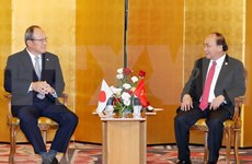 """Premier Xuan Phuc pide a empresas japonesas ser """"faros"""" en desarrollo de infraestructuras en Vietnam"""