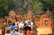 Camboya promueve industria sin humo a través de feria de turismo
