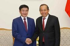 Vicepremier de Vietnam aboga por fortalecer lazos con Mongolia en múltiples campos