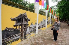 Frescos reproducen ambiente de Hanoi antigua