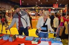 Productos artesanales vietnamitas en Feria Internacional en Francia
