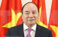 Premier de Vietnam viaja a China para asistir feria internacional de importaciones