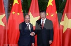 Premier vietnamita dialoga con secretario general del Partido y presidente chino