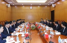 Partido Comunista de Vietnam y Consejo de Estado de China fortalecen cooperación