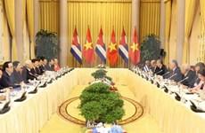 Presidentes de Vietnam y Cuba abogan por impulsar nexos económicos y comerciales