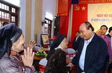 Premier de Vietnam asiste al Festival de Gran Unidad Nacional