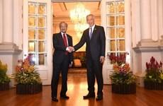 Malasia aspira a construir asociación competitiva por desarrollo mutuo con Singapur