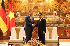 Hanoi abre puertas a inversores alemanes, afirma presidente del gobierno municipal