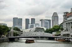 Economía de Singapur crecerá menos de lo esperado, según Reuters