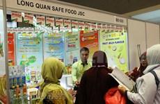 Empresas vietnamitas buscan oportunidades en feria internacional de alimentos en Indonesia
