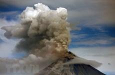 Dos nuevas erupciones del volcán Mayon de Filipinas
