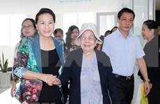 Presidenta del Parlamento vietnamita dialoga con votantes de ciudad de Can Tho