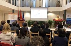 Vietnam y Holanda comparten experiencias en lucha contra cambio climático