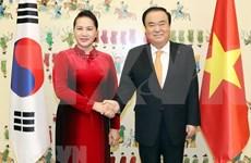 Vietnam dispuesta a agilizar nexos estratégicos con Corea del Sur, afirma dirigente legislativa