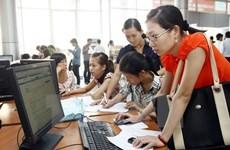 Estudiantes internacionales debaten en Vietnam medidas para elevar calidad de recursos humanos