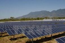 Hanoi intercambia experiencias con Noruega en desarrollo de energía limpia
