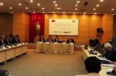 Empresarios de Vietnam y Grecia debaten oportunidades para cooperación comercial