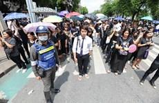 Tailandia levanta prohibición a actividades políticas