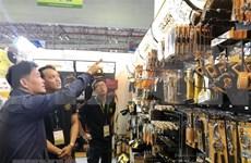 Suscriben miles de contratos en feria Vietnam Expo 2018