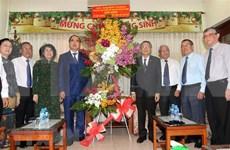 Autoridades de provincias vietnamitas felicitan a iglesias evangélicas por Navidad 2018