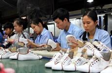 Exportaciones de calzado de Vietnam obtienen 19,5 mil millones de dólares este año