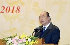 Premier vietnamita insta a poner a empresa y personas en el centro de desarrollo