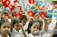 Dirigentes de Vietnam y Suecia intercambian felicitaciones por aniversario de relaciones bilaterales