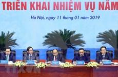 Premier de Vietnam pide al sector petrolero confirmar su papel en la economía nacional