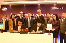 Entablan cooperación entre compañías Viettel de Vietnam y Microsoft de EE.UU.