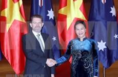 Concluye presidente del Senado australiano su visita a Vietnam