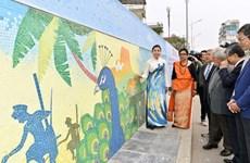 Presentan en Mural Cerámico de Hanoi bellezas naturales y culturales de Sri Lanka