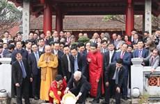 Máximo dirigente de Vietnam extiende felicitaciones del Tet a coterráneos en extranjero