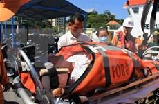 Rescatan socorristas de Vietnam en el mar a ciudadano estadounidense por urgencia médica