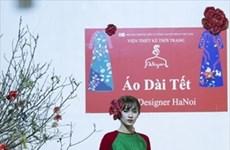 Túnica tradicional Ao dai para las vietnamitas en ocasión del Tet