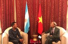 Visita del presidente argentino a Vietnam marcará hito importante en nexos bilaterales, afirma embajador