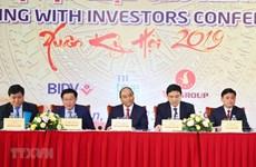 Premier vietnamita asiste a conferencia de inversores en provincia central Nghe An
