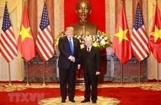 Máximo dirigente político de Vietnam se reúne con presidente estadounidense Donald Trump