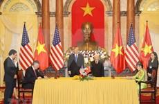 Suscriben Vietnam y Estados Unidos contratos y acuerdos de cooperación
