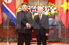Recibe máximo dirigente político de Vietnam al líder norcoreano