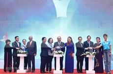 Insta primer ministro de Vietnam a garantizar seguridad y felicidad para mujeres y niños