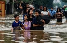 Reportan dos muertos y seis desaparecidos por inundaciones en Indonesia