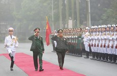 Realiza delegación militar laosiana de alto nivel visita a Vietnam