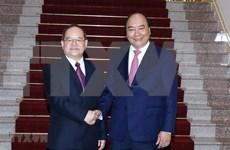 Premier vietnamita aboga por promover cooperación comercial con provincia china de Guangxi
