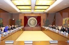 Órganos legislativos de Vietnam y Camboya impulsan lazos