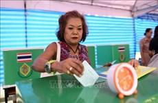 Lidera partido gobernante en elecciones en Tailandia