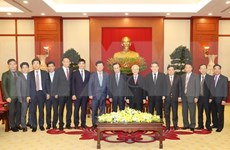 Recibe máximo dirigente vietnamita a delegación del Partido Demócrata de Corea